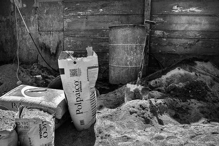 """Materiales para Construcción de Edificios Departamentales """"Cemento"""""""
