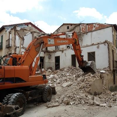 Demolición combinada