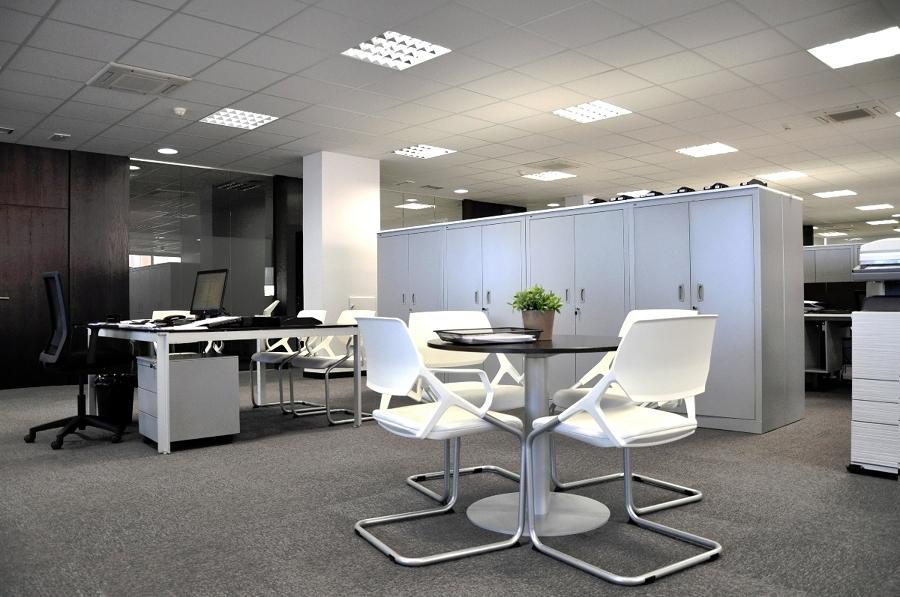 Remodelación de oficinas con un toque moderno