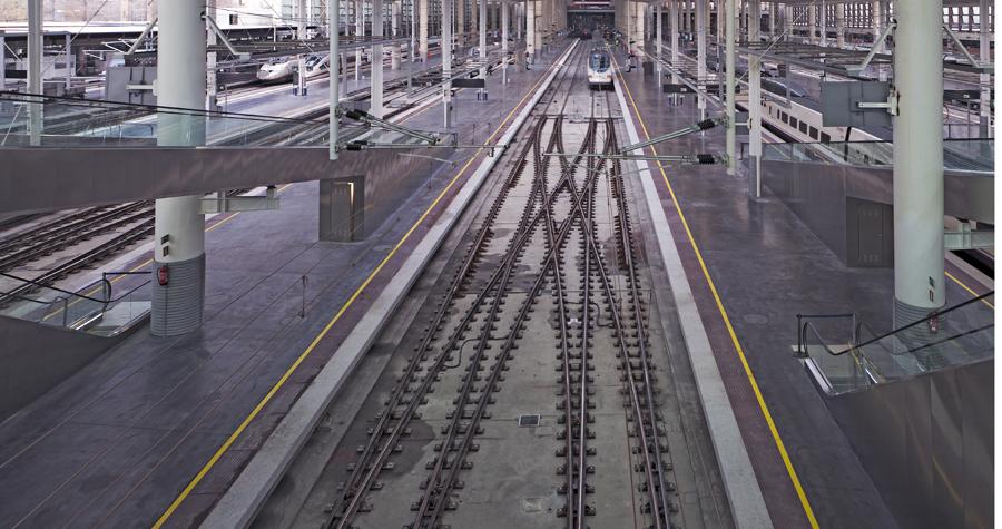 Construcción de centros de transporte público
