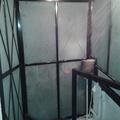 Cubo forrado de vidrio templado esmerilado