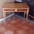 Pequeño escritorio en Banak y Cumaru.