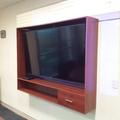 Suministro, Fabricacion y Colocación de mobiliario para pantallas de TV, salas de juntas corporativas.