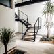 Escaleras con cristal templado y dobles alturas