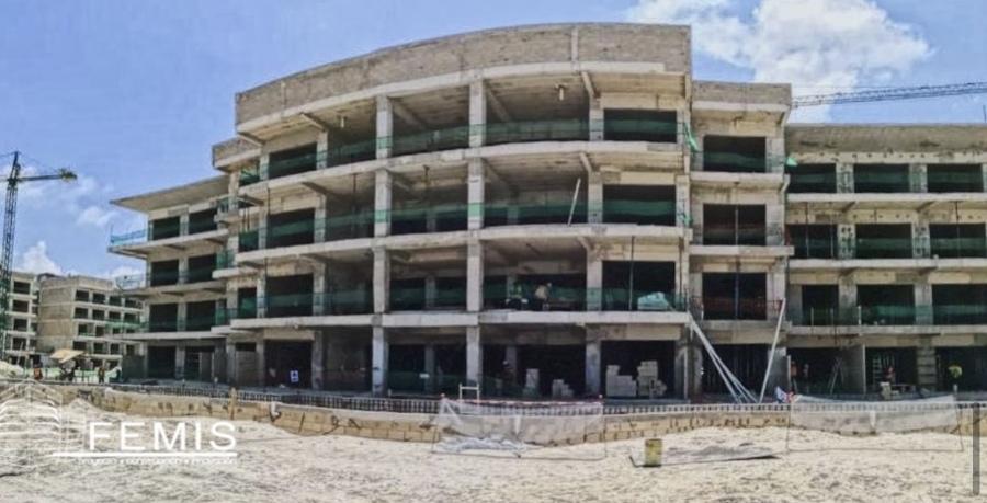 Estructura de concreto de Hotel Planet Hollywood Cancún QR