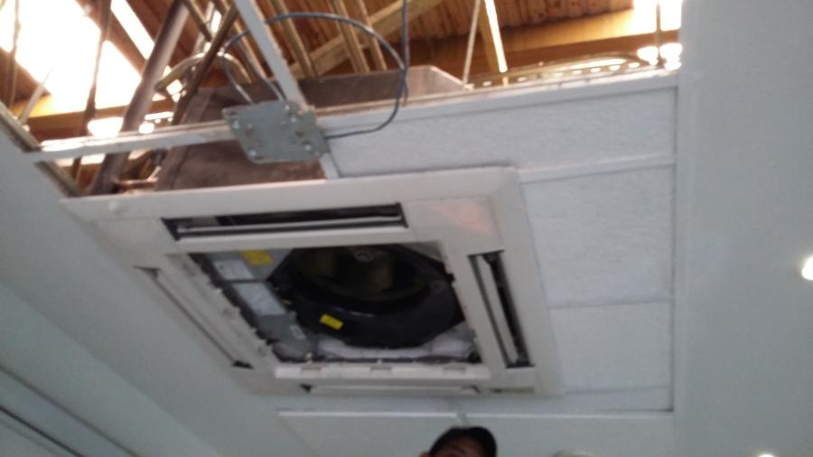 Venta y Servicio a Equipos de Aire Acondicionado y Refrigeranción