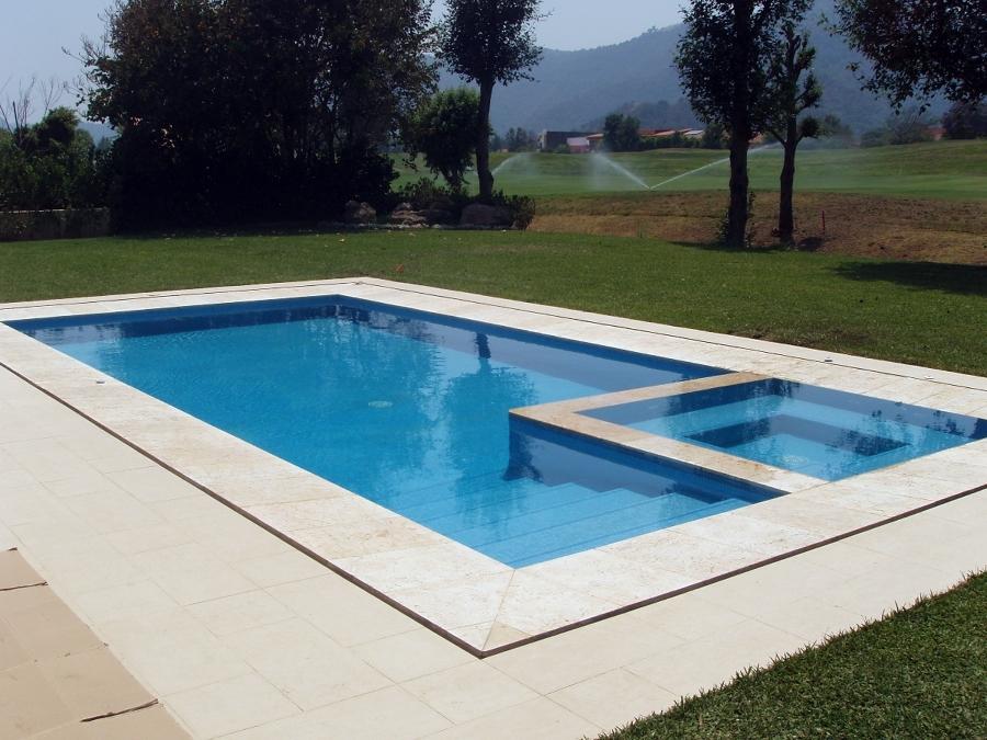 Opiniones de alberca for Modelos de piscinas con jacuzzi