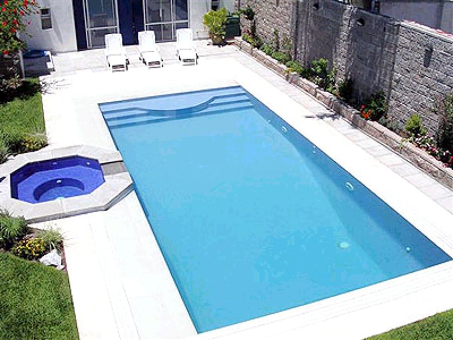 Foto alberca de albercasmas 11556 habitissimo for Construccion de piscinas en mexico