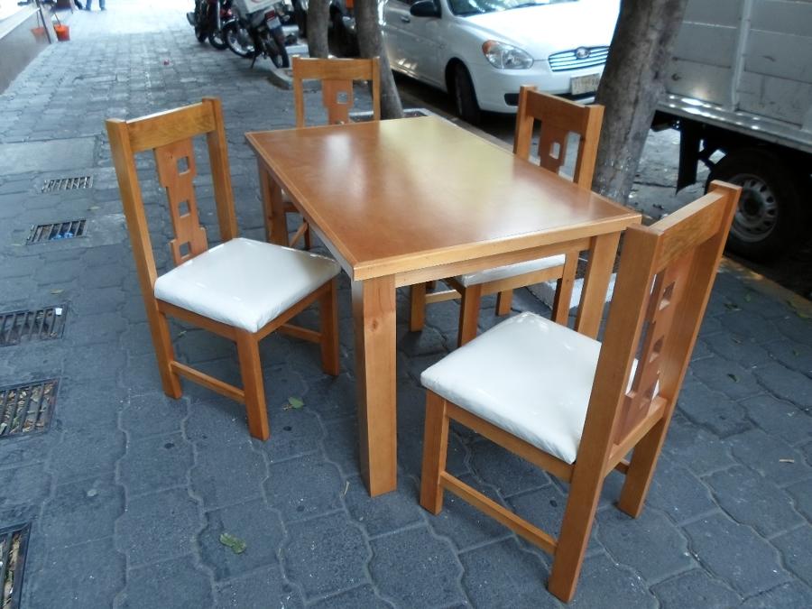Foto antecomedor c 4 sillas de varu f brica de muebles for Sillas para antecomedor