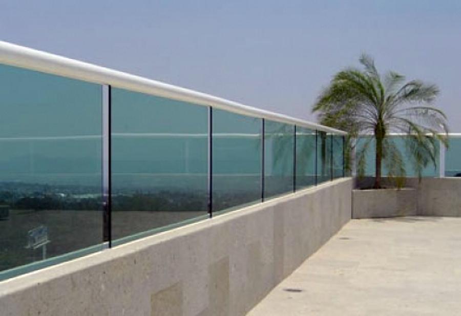 Foto barandal de comercializadora maya 20731 habitissimo for Barandales de aluminio blanco