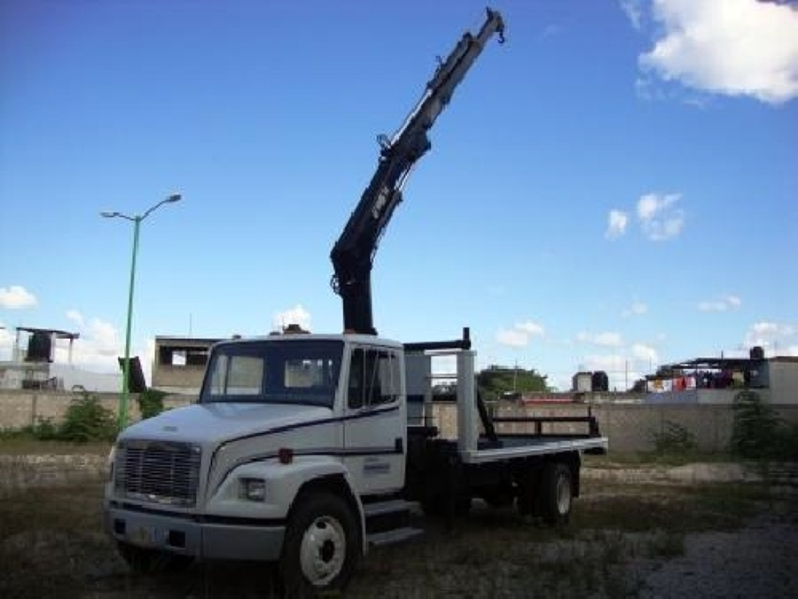 Camion Con Grua. (Hiab)