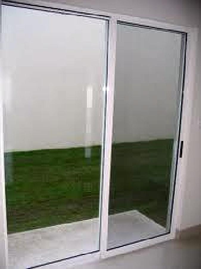 Foto cancel de aluminio de vidrier a alegr a 4063 for Antorchas para jardin precio