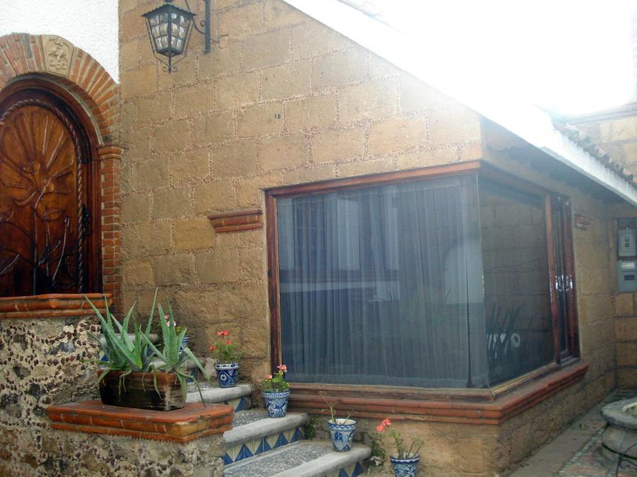 Foto casa estilo colonial mexicano de milenio grafico for Fachadas de casas estilo rustico moderno