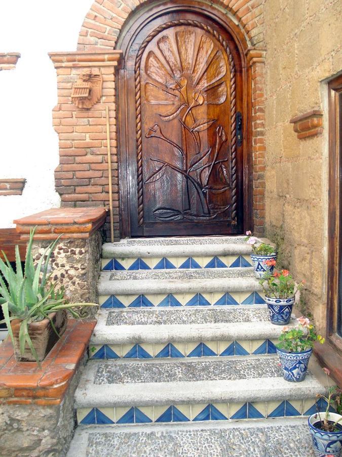 Baños Estilo Mexicano:Casa Estilo Colonial Mexicano
