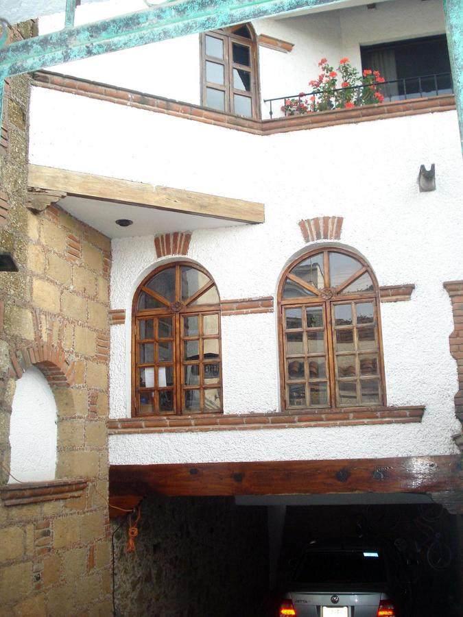 Foto Casa Estilo Colonial Mexicano De Milenio Grafico