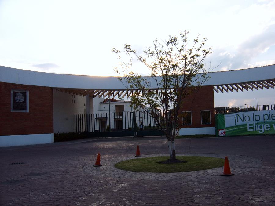 CASETA DE ACCESO