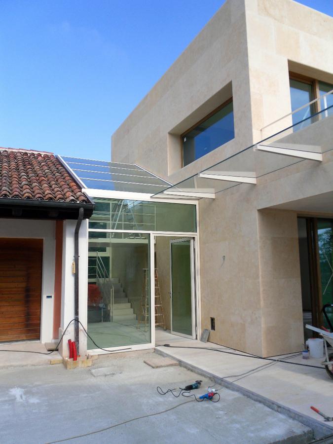 Caulquier cosntrucción de casa, fachada