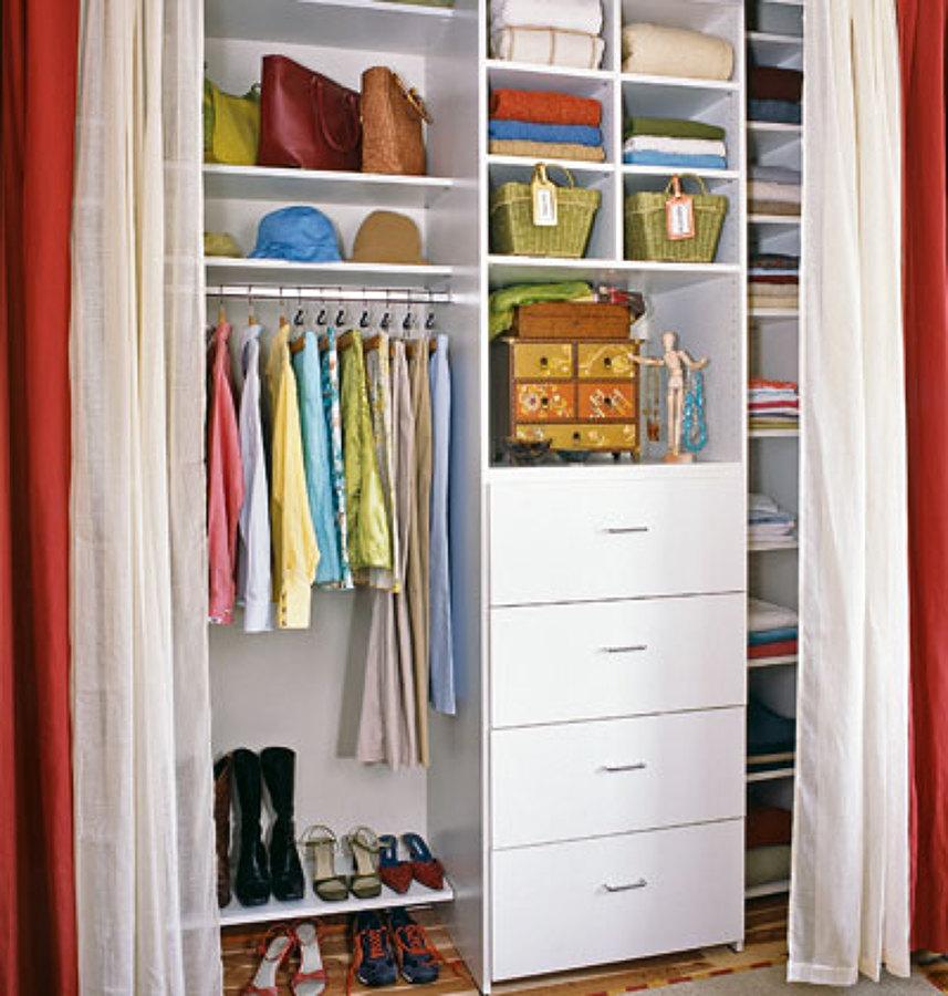 Foto closet juvenil blanco de cocinas y closets del valle for Closets estado de mexico