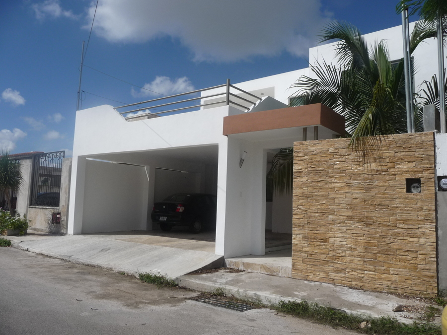 foto cochera y fachada residencia vista alegre norte de