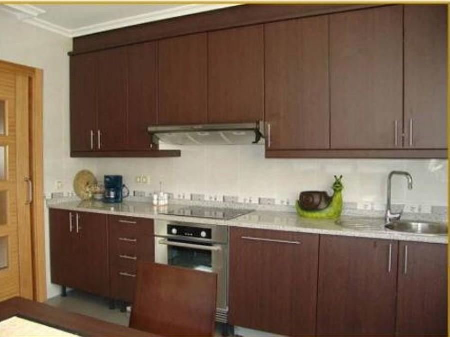 Foto cocina integral de arte y dise o en melamina 80287 for Como instalar una cocina integral