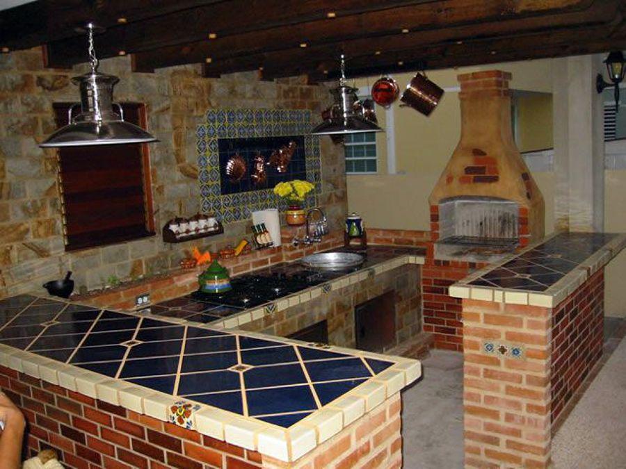 Foto cocina rustica con horno de le a de construcciones y - Cocinas con horno de lena ...
