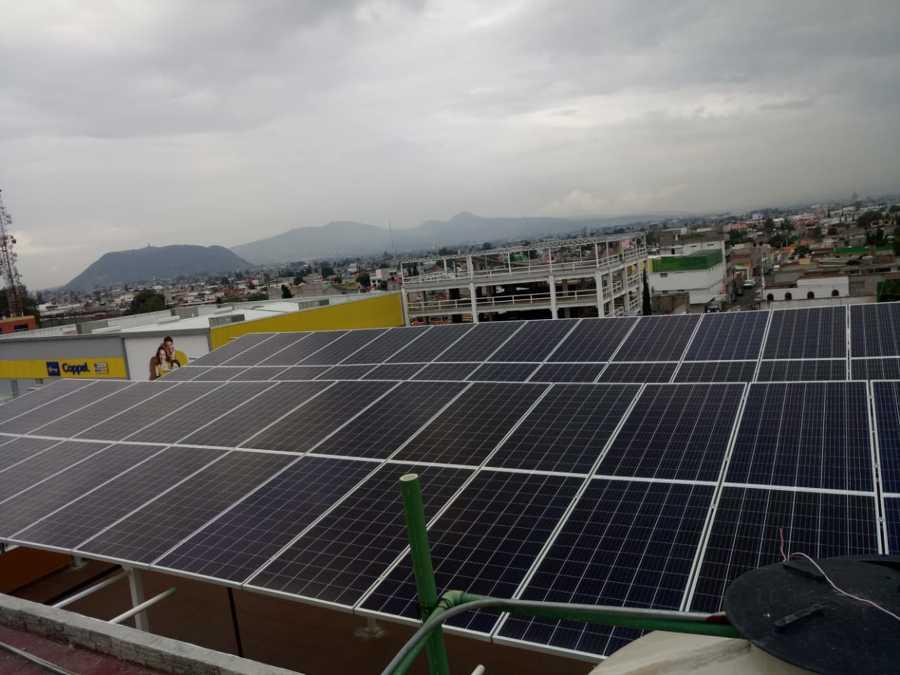 Instalación comercial 52 paneles solares en Estado de México