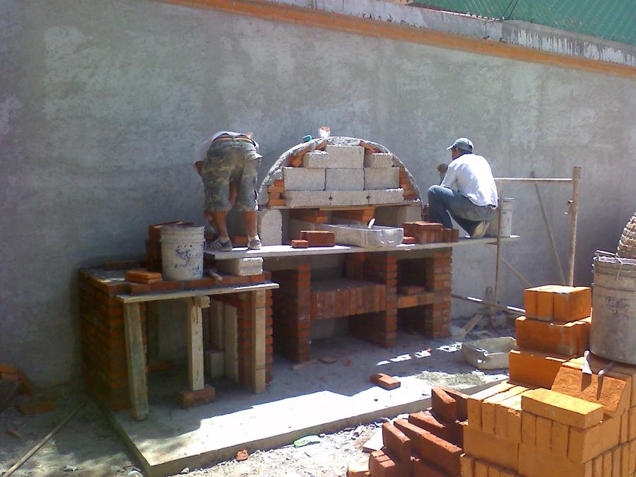 Foto asadores de construcciones leon 60182 habitissimo for Asadores de jardin rusticos