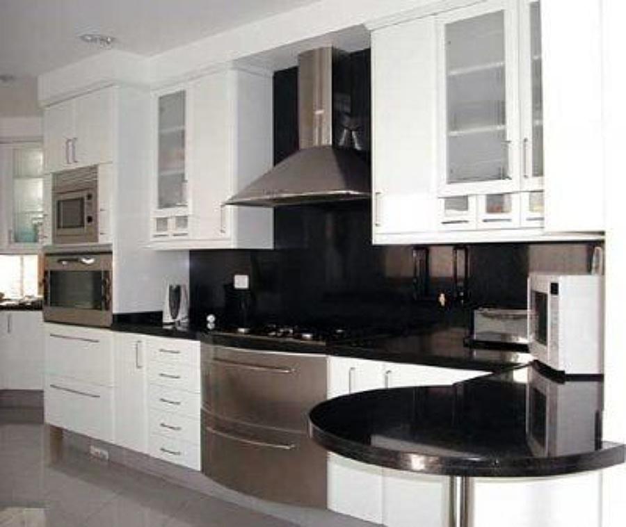 Foto construcci n de cocina integral de nuevos proyectos for Cocinas integrales alkosto