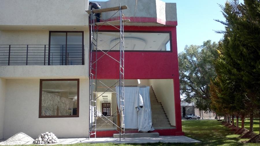 CONSTRUCCION DE FACHADA EN RESIDENCIA