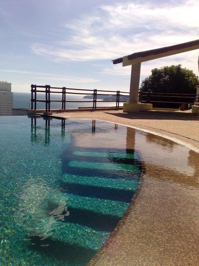 Foto construccion de terraza y alberca de el outlet del for Albercas minimalistas imagenes