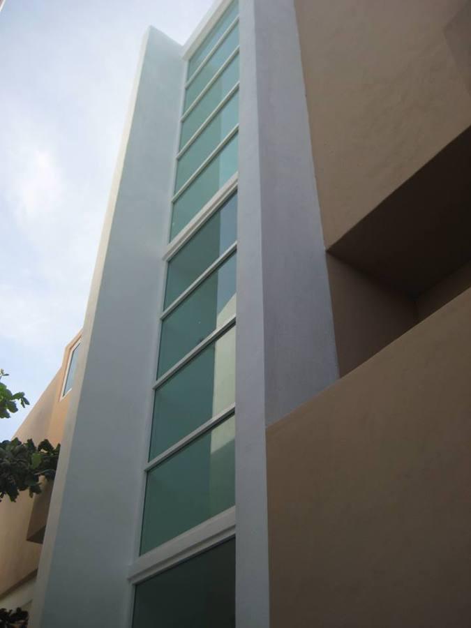 Detalles ventana doble altura
