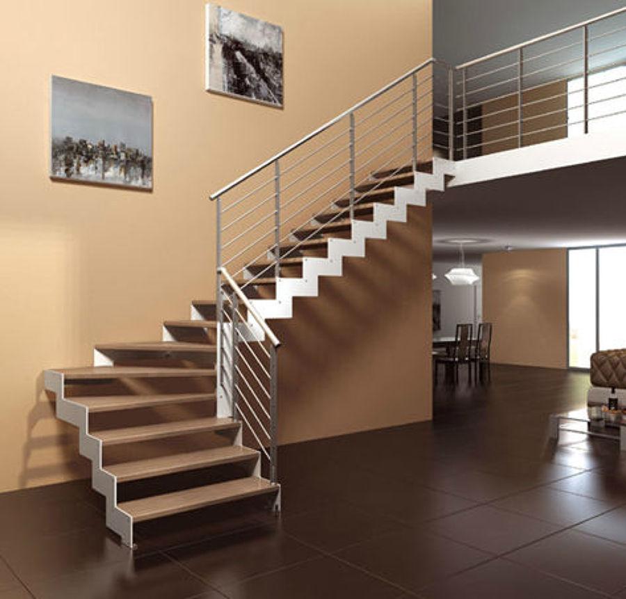 Foto escalera aluminio placa de acero y madera de for Escalera de hormigon con descanso