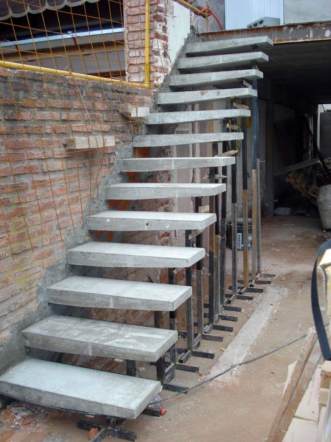 Foto escaleras especiales de dise o construccion y for Como hacer escaleras de fierro