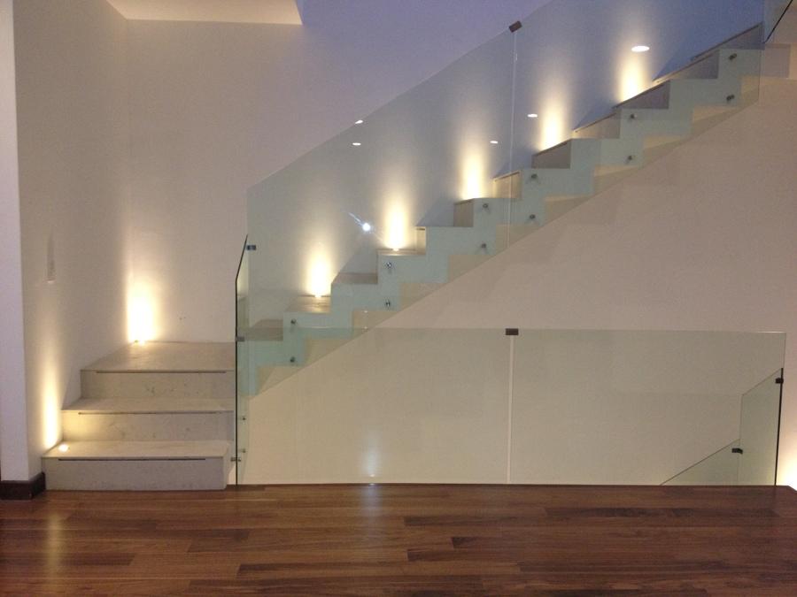 Foto escaleras y barandales de cstudio 58992 habitissimo - Barandales modernos para escaleras ...