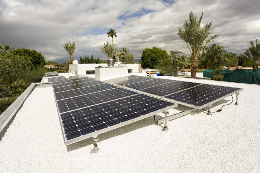 Instalación de 20 Paneles de 250W Inversor central 5KW
