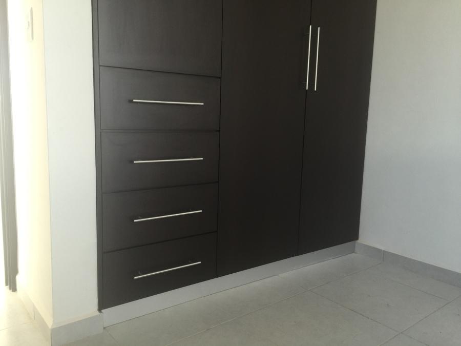 Foto closets melamina de aluminio express 182880 habitissimo for Closet melamina