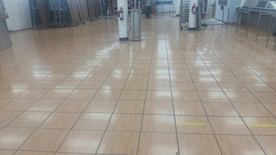 Limpieza de piso.