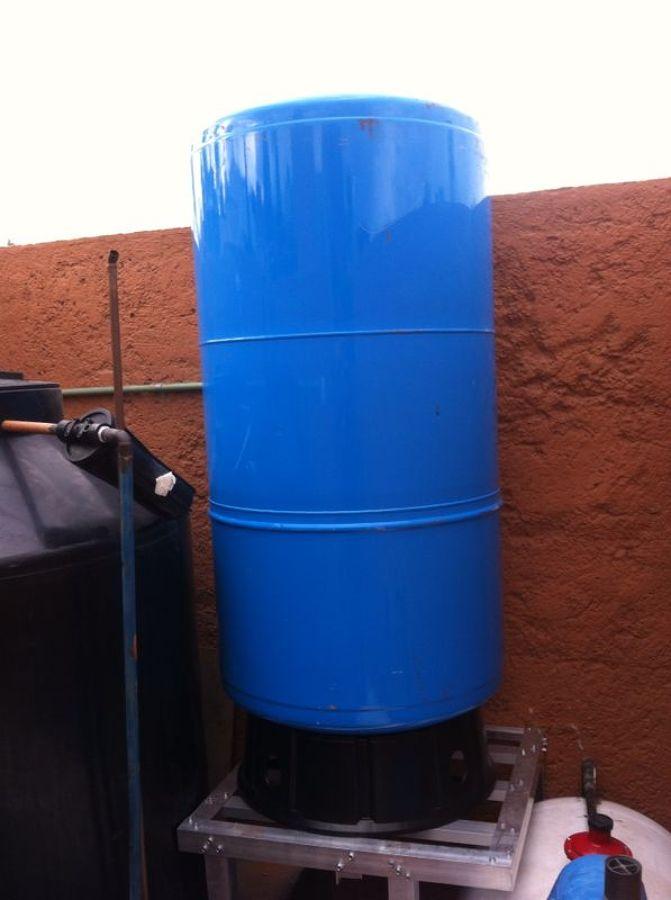 Foto tanque hidroneumatico de grupo industrial circa s for Tanque hidroneumatico