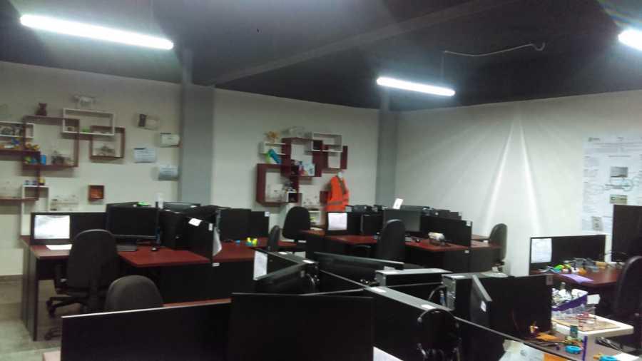 Adecuacion y remodelacion de laboratorio de contenidos en ITESI Irapuato.