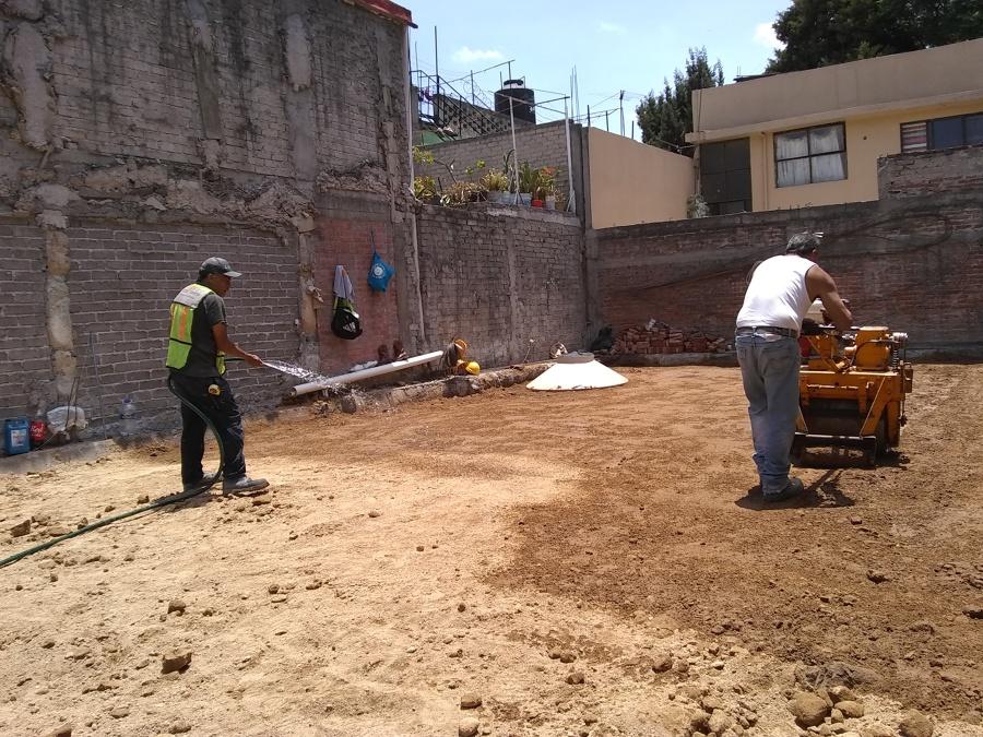 Nivelación y compactacion de terreno