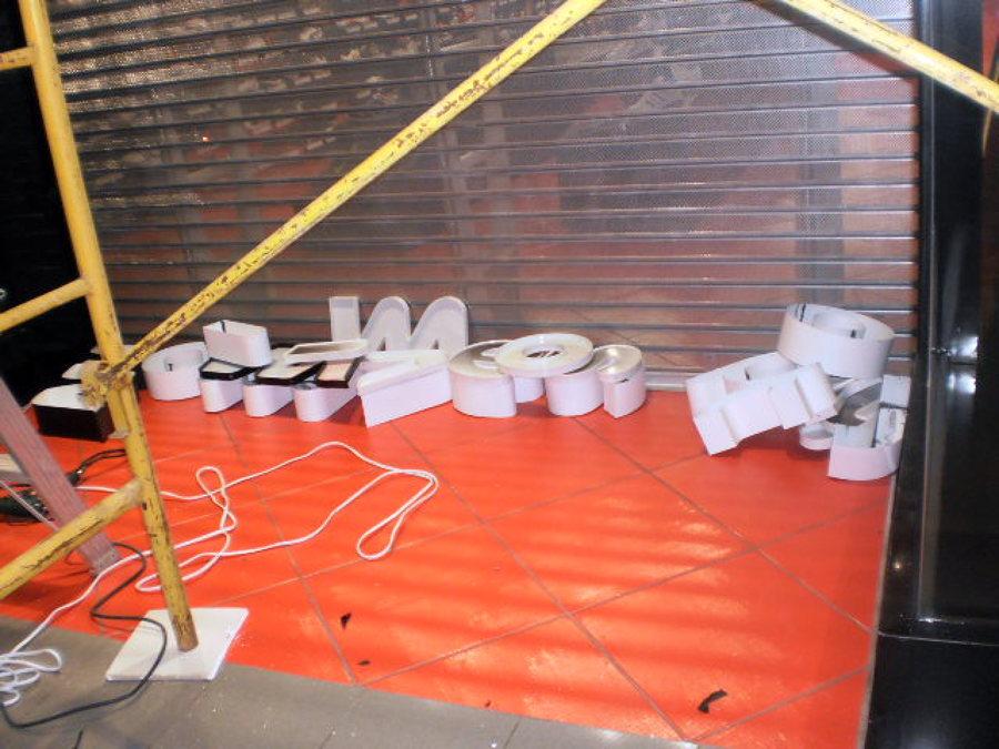 foto instalacion de piso ceramico de construcciones