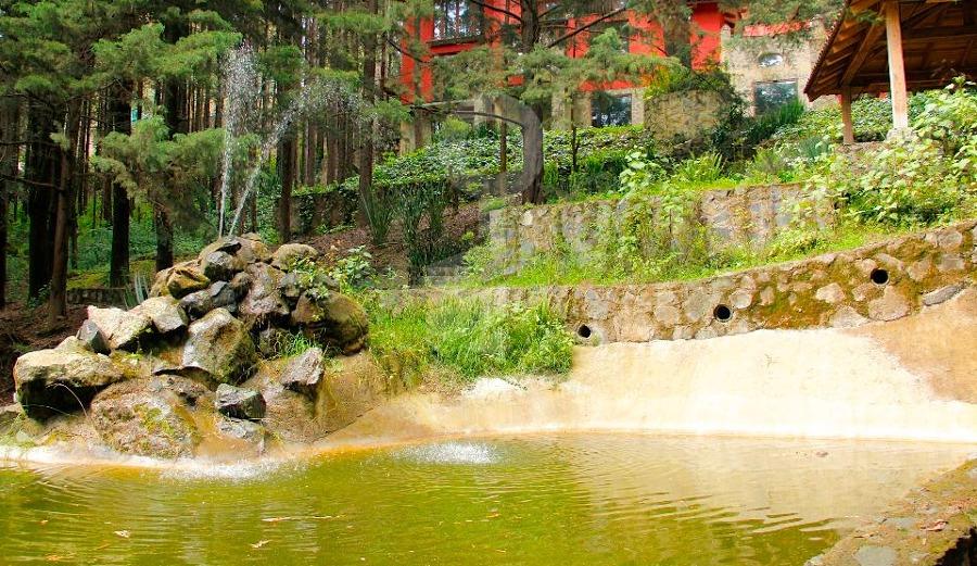 Foto instalaci n el ctrica para fuente de estanque de - Instalacion electrica jardin ...