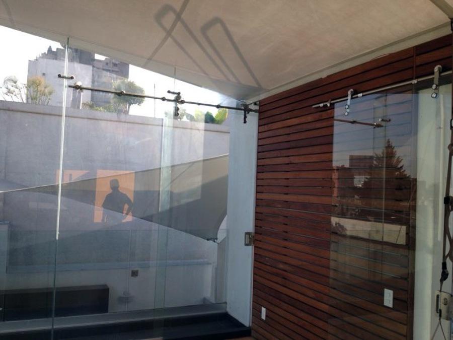 Foto interiores y exteriores en cristal y acero for Diseno de interiores y exteriores