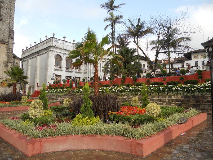 Foto jardines paisajismo de rg dise o 43587 habitissimo for Paisajismo jardines fotos
