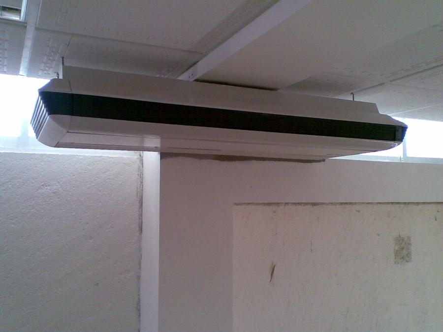 Foto minisplit piso techo de artico aire acondicionado - Puertas de piso a techo ...