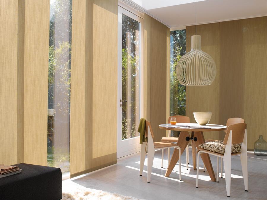 Foto panel japones y persianas de trasso 36514 habitissimo for Telas para paneles japoneses