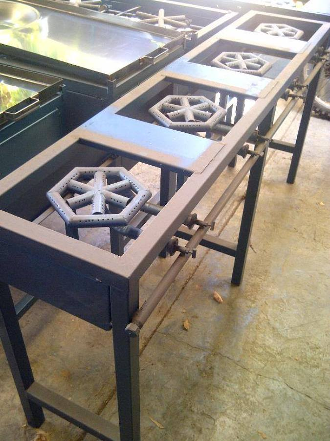 Foto parrilla tipo industrial de herreria aluminio y for Parrilla cocina industrial