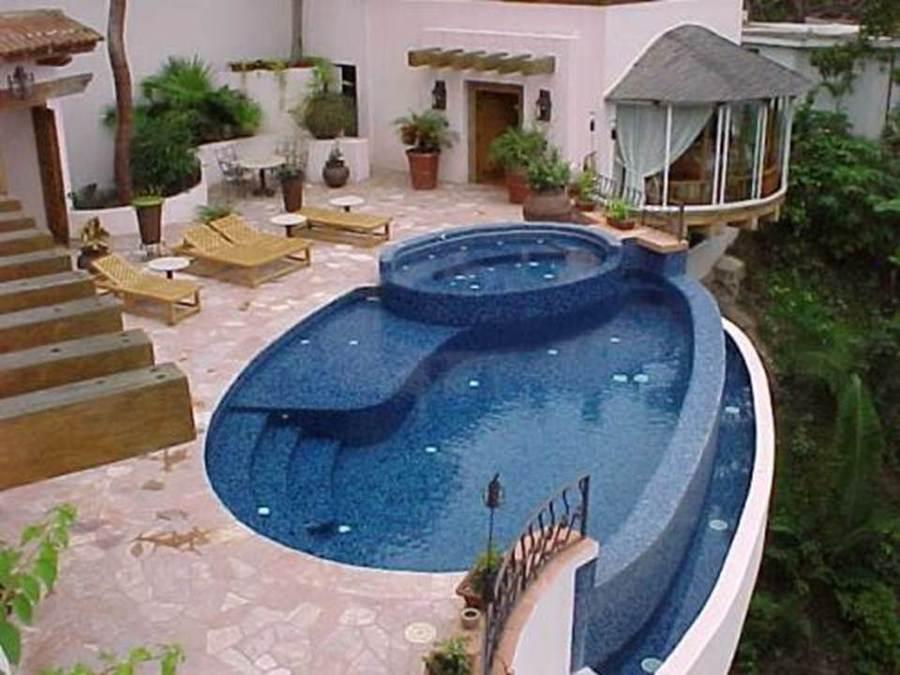 Foto piscina residencial de industrias bermeo albercas for Accesorios para albercas monterrey
