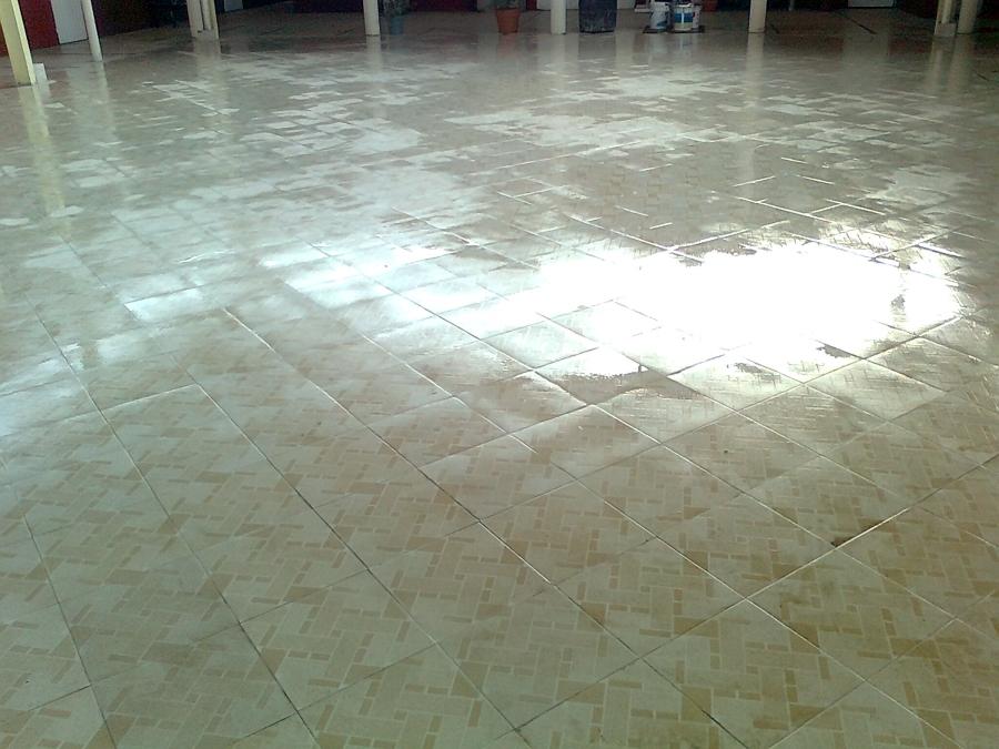 Foto piso de loseta de construservicios de mexico s a de - Loseta para piso economica ...