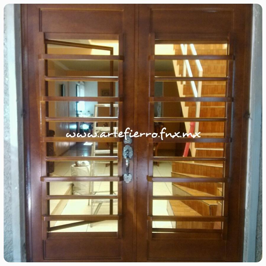 Foto puerta de acceso principal de arte fierro herrer a - Puertas de herreria para entrada principal ...
